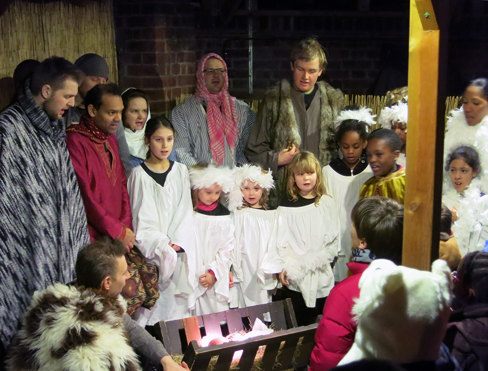 Furzedown Nativity - The Furzedown Inn 2014